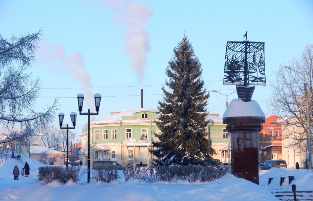 Зимний памятник мореходам